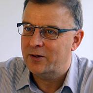 Clive Bates, ex Action pour le tabagisme et la santé et avocat