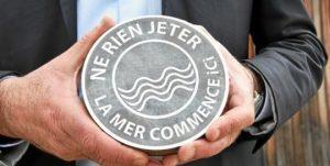 Cégots: Campagne de sensibilisation et cendrier à Vannes