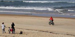 Landes: Mimizan rouvre sa première plage sans tabac
