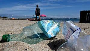 """Charte """"Plage sans plastique"""": Saint-Malo n'oublie pas les culs"""