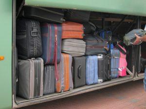 Commerce de tabac en bus: absence d'étiquetage des bagages ... justice sans ressources