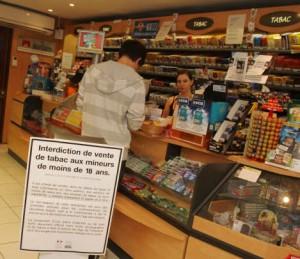"""Vente de tabac aux mineurs: """"deux tabacs sur trois ..."""" (étude CNCT / BVA)"""