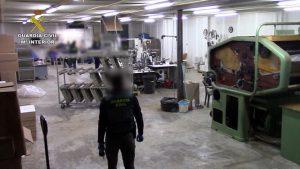 Espagne: démantèlement d'une nouvelle usine illégale en Andalousie