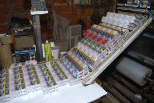 Hongrie: un groupe de la mafia exploitait une grande fabrique de cigarettes clandestine