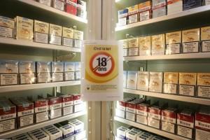 Suisse: Genève interdit la vente de tabac et de vape aux personnes de moins de 18 ans
