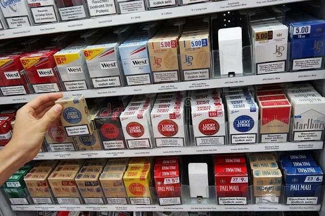 Les taxes sur les cigarettes électroniques augmentent les ventes de cigarettes