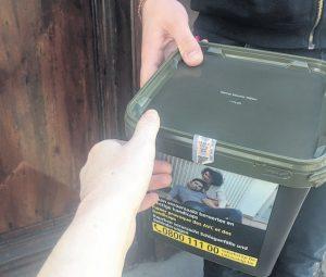 """Déconfinement / Border shopping: """"dans ma rue je peux vous montrer 2 ou 3 maisons où l'on vend du tabac"""" (Calais)"""