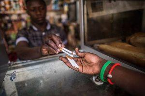 Afrique du Sud: reprise des ventes de tabac, lundi