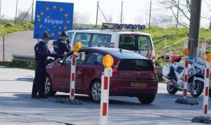 Belgique: afflux de fumeurs français, malgré les restrictions de transport et le classement en rouge