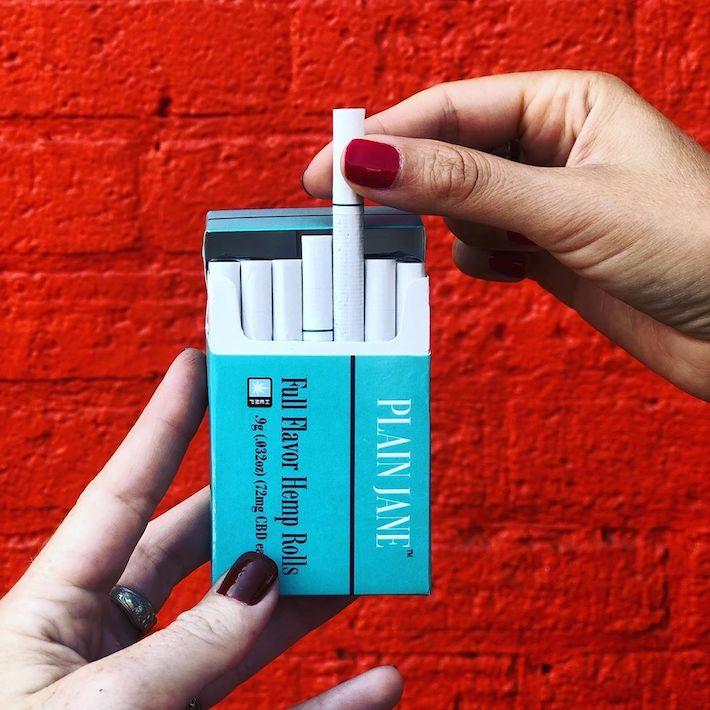 Cigarettes roulées au chanvre par Plain Jane