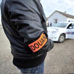 Douane: grand filet face à un réseau qui approvisionne la région parisienne en cigarettes de contrebande