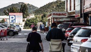 """Reconfinement / Achats à la frontière: """"à la frontière franco-espagnole,"""" pas de chat """"dans les boutiques ouvertes (AFP)"""