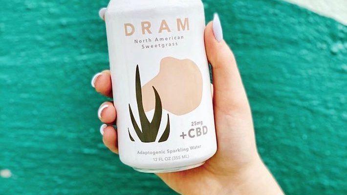 Eau de CBD avec suppléments à base de plantes