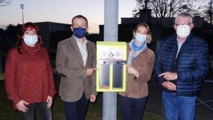 """Butts: """"merci aux fumeurs pour leur geste d'éco-citoyen"""" (maire de Séméac)"""