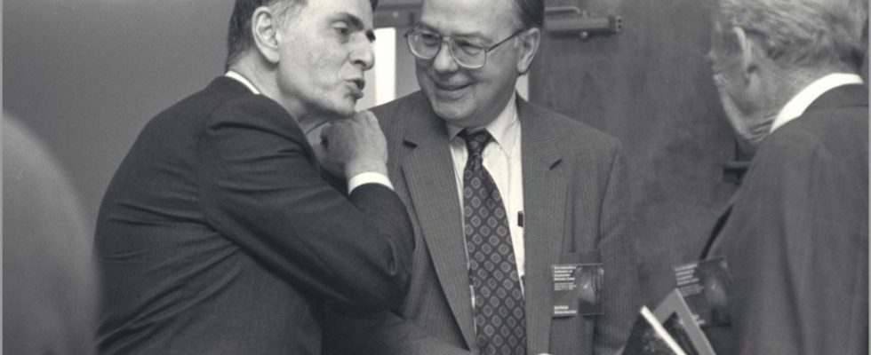 Dr Carl Sagan avec des collègues