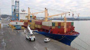 Brest: deux anciens dockers condamnés pour trafic de cigarettes