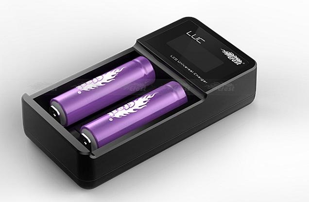 Chargeur de batterie Efest LUC V2 Vapor