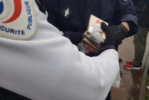 Paris: la contrebande de cigarettes attire les criminels