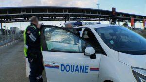 Douane de Lille: le réseau de contrebandiers intercepteurs intercepté avec 900 kilos de cigarettes