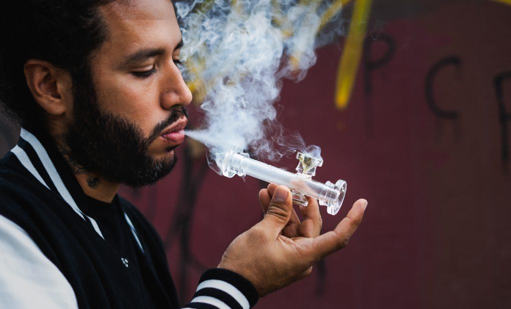 Vapoter du cannabis