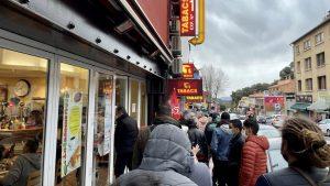 Coronavirus / Shopping transfrontalier: les foules au Perthus… avant les tests PCR