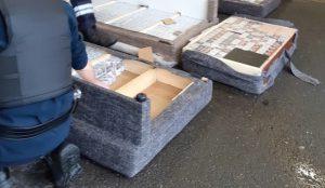 Douane de Cherbourg: 826 cartons de cigarettes de contrebande ne vont pas en Irlande