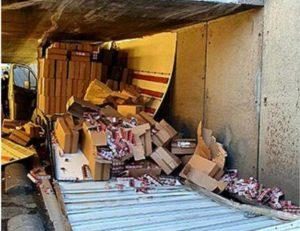 """Essonne: un camion chargé de cigarettes de contrebande """"scalpé"""" dans un tunnel"""