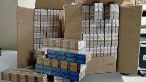 De retour d'Espagne: coincé sur le viaduc de Millau avec 260 caisses de cigarettes