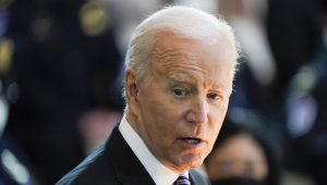 Etats-Unis: Biden lance un ambitieux plan anti-tabac