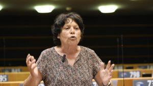 """Europe / Vaping: """"Je ne vois aucune raison pour laquelle la cigarette électronique bénéficie d'une défiscalisation"""" (Michèle Rivasi, députée européenne)"""