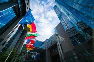 Europe: les pistes suggérées dans le rapport d'évaluation de la directive tabac
