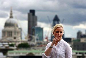 Royaume-Uni : Nouvelle offensive anti-tabac des parlementaires