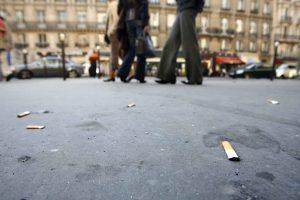 Les compagnies de tabac financeront la collecte des mégots de cigarettes (Barbara Pompili)