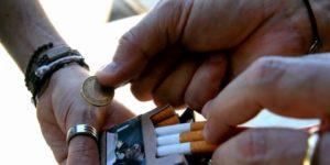 Lille : justice tardive pour un épicier qui vendait des cigarettes en vrac