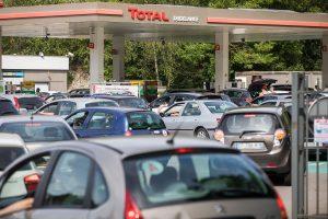 Luxembourg : la ruée des Français avec les hausses du prix de l'essence et... du tabac (France 3)